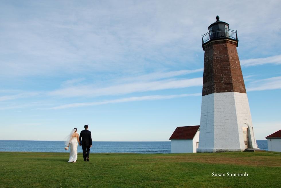 Tara & Stephen lighthouse  10 (1)